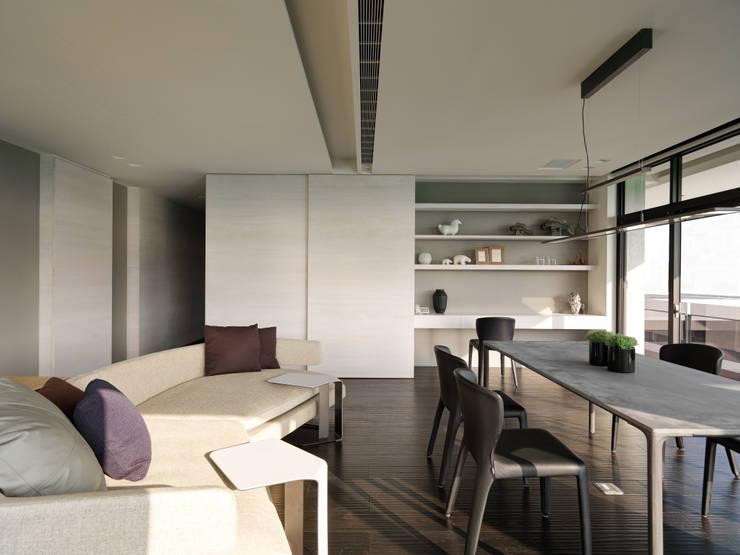 Ruang Kerja oleh HJF建築室內設計  Ho Jia-fu Interior Design Co., Ltd., Modern Kayu Wood effect