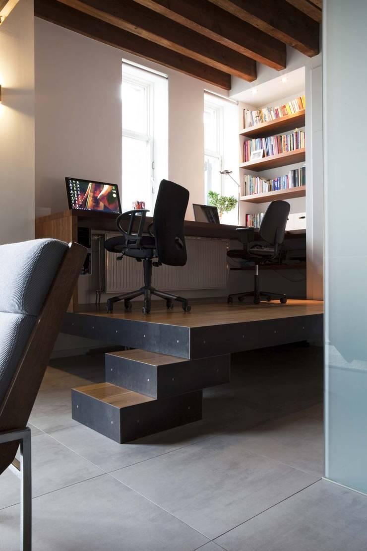 Scandinavian style study/office by Thijssen Verheijden Architecture & Management Scandinavian