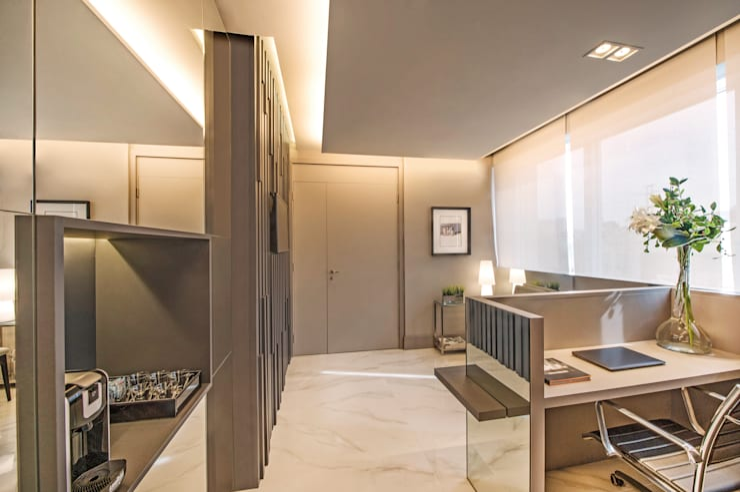 Decoração e Interiores  Circulação do consultório: Escritórios  por BG arquitetura   Projetos Comerciais