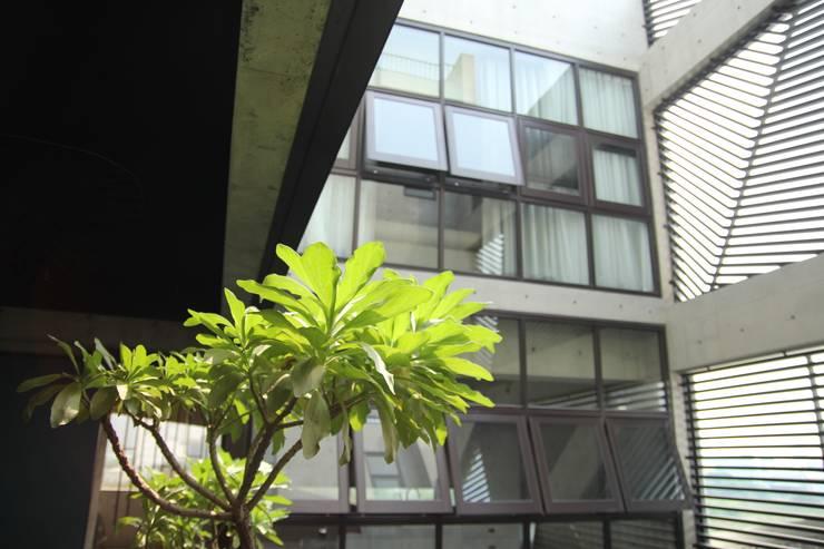 樓梯間-3:   by 鵝牌氣密窗-台中直營店