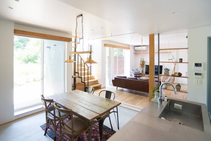 土間キッチンの家 house_in_nishiyama: タイラ ヤスヒロ建築設計事務所/taira yasuhiro architect & associatesが手掛けたキッチンです。