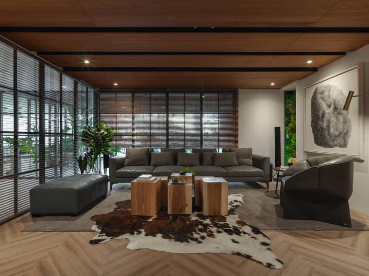 辦公室:  商業空間 by 雅群空間設計