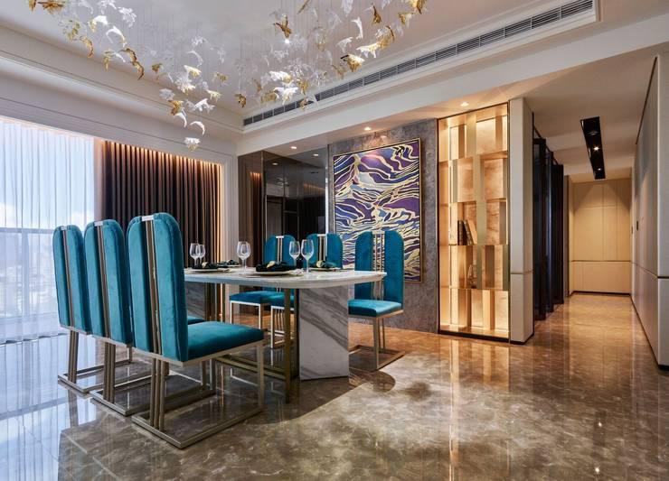 亞灣之丘:  餐廳 by 雅群空間設計