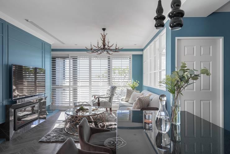 復古歐風X美式鄉村:  客廳 by 層層室內裝修設計有限公司