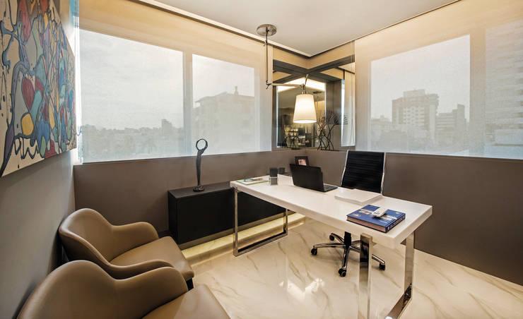 Decoração e Interiores |Sala do médico Dermatologista: Escritórios  por BG arquitetura | Projetos Comerciais