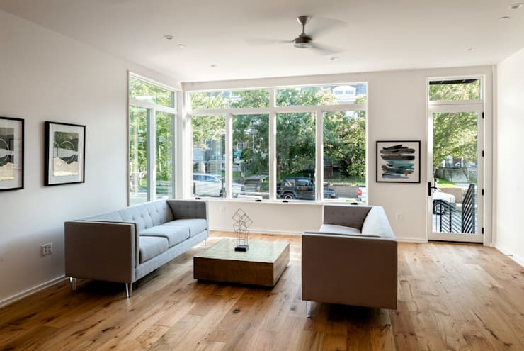 Kenyon St: modern Living room by KUBE Architecture