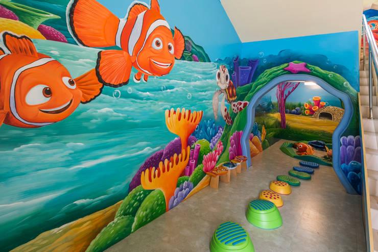 華頓幼兒園-都市中的魔幻森林,沈浸寓教於樂的生態天地:  學校 by 雅群空間設計