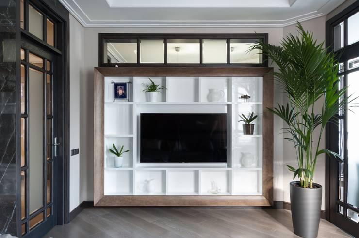 Гостиная в стиле ар-деко: Гостиная в . Автор – интерьеры от частного дизайнера