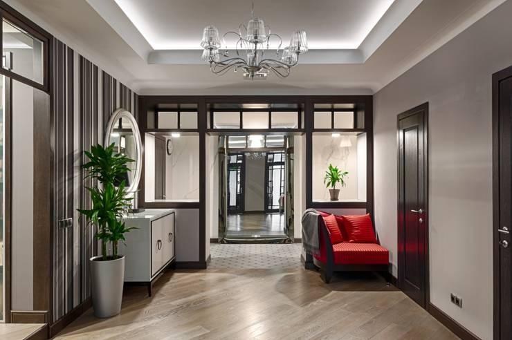 Реализованный проект интерьеров квартиры 159 кв. метров на Суворовском проспекте: Коридор и прихожая в . Автор – интерьеры от частного дизайнера