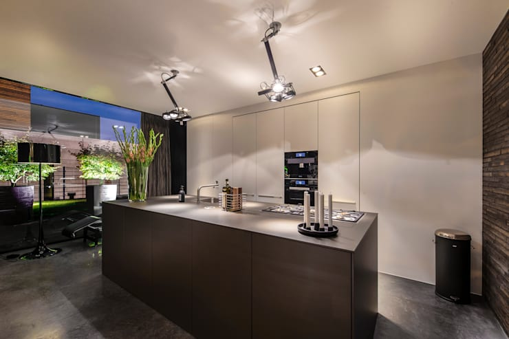 Woonhuis MNRS Eindhoven :  Keuken door 2architecten, Modern
