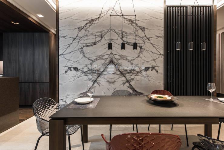 餐廳:   by 竹村空間 Zhucun Design