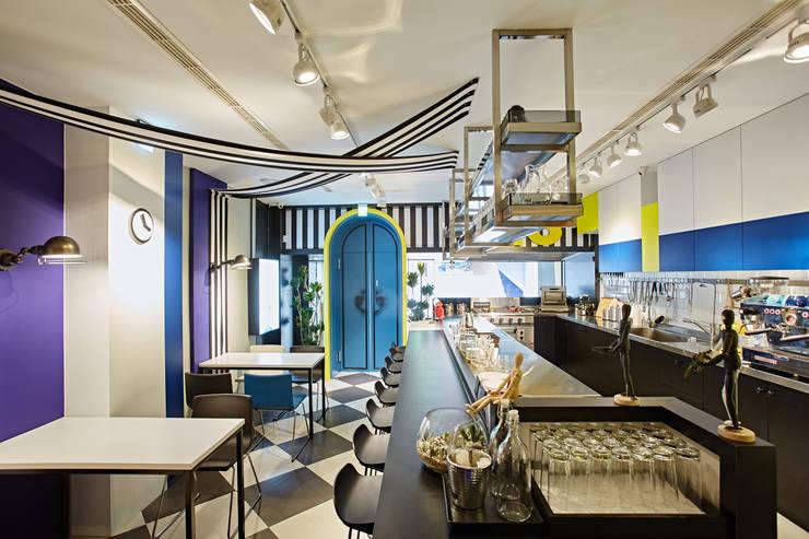 U . F . O    :  餐廳 by 安提阿設計有限公司