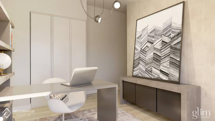 QUADROS NA DECORAÇÃO: Escritório  por Glim - Design de Interiores