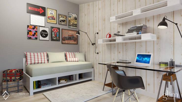 QUARTO DE RAPAZ: Quarto  por Glim - Design de Interiores