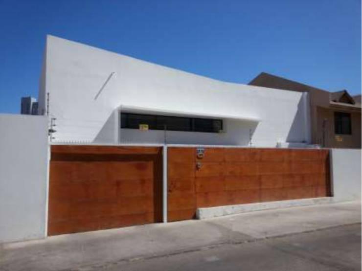 Heladería Marrasquino: Edificios de Oficinas de estilo  por Fullconstruccion SPA
