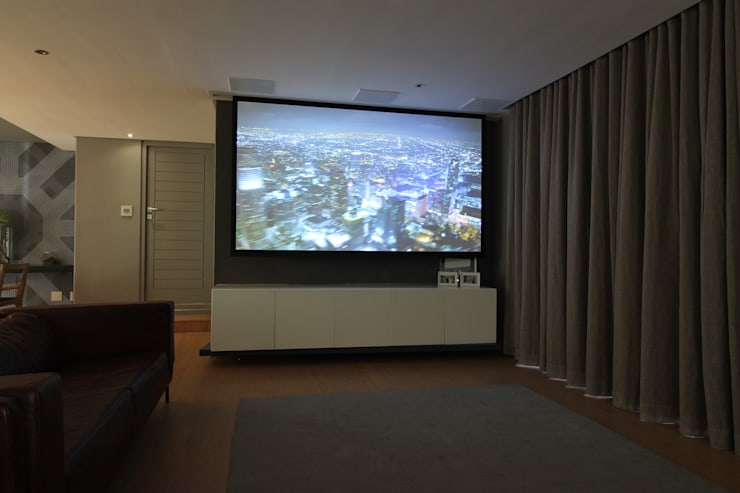 Lounge (Theatre Mode):  Living room by Projector & Sound Services (PTY) Ltd