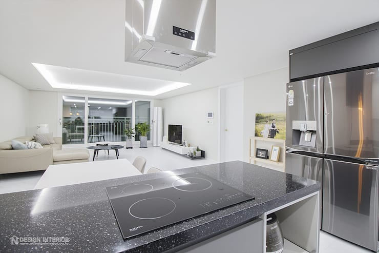 Salas / recibidores de estilo  por N디자인 인테리어, Moderno