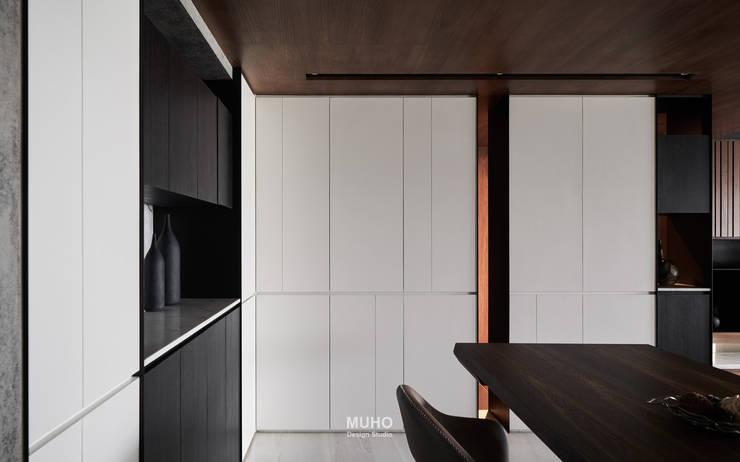 L宅_疊敘:  餐廳 by 沐禾設計事務所