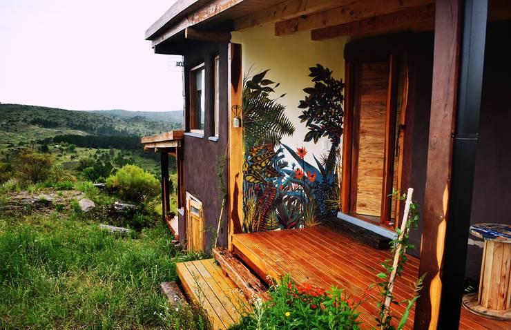 Murales de plantas: Hogar de estilo  por Julieta Zyk Murales,
