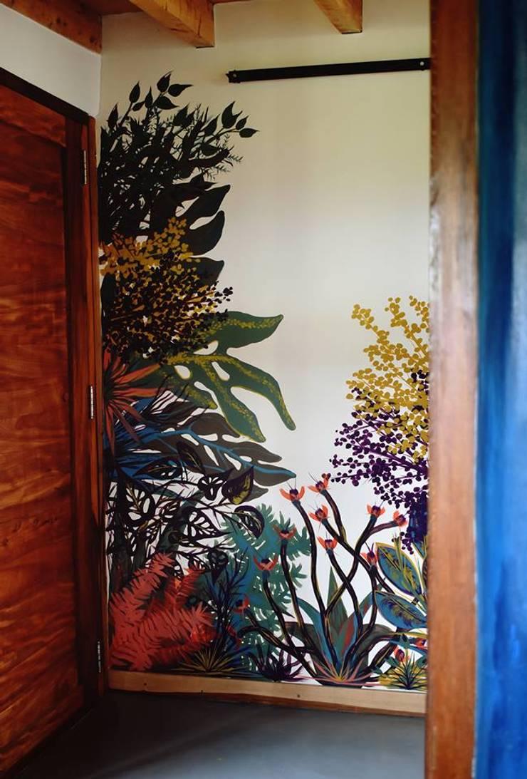 Murales de plantas: Casas de estilo  por Julieta Zyk Murales,