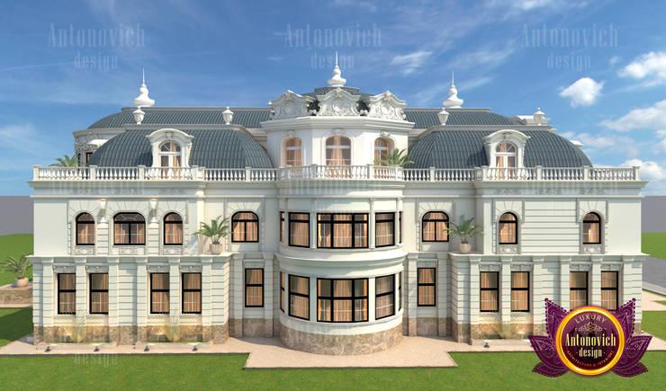 Gorgeous Katrina Antonovich — the Top Exterior Designer:   by Luxury Antonovich Design,