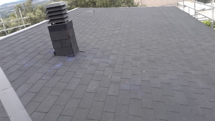 Flat roof by Recasa  S.L.