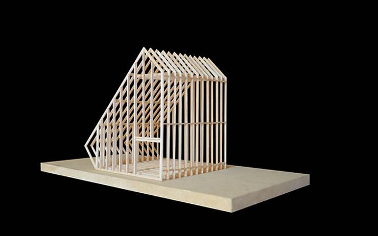Refugio en la Montaña: Casas de estilo  por mutarestudio Arquitectura