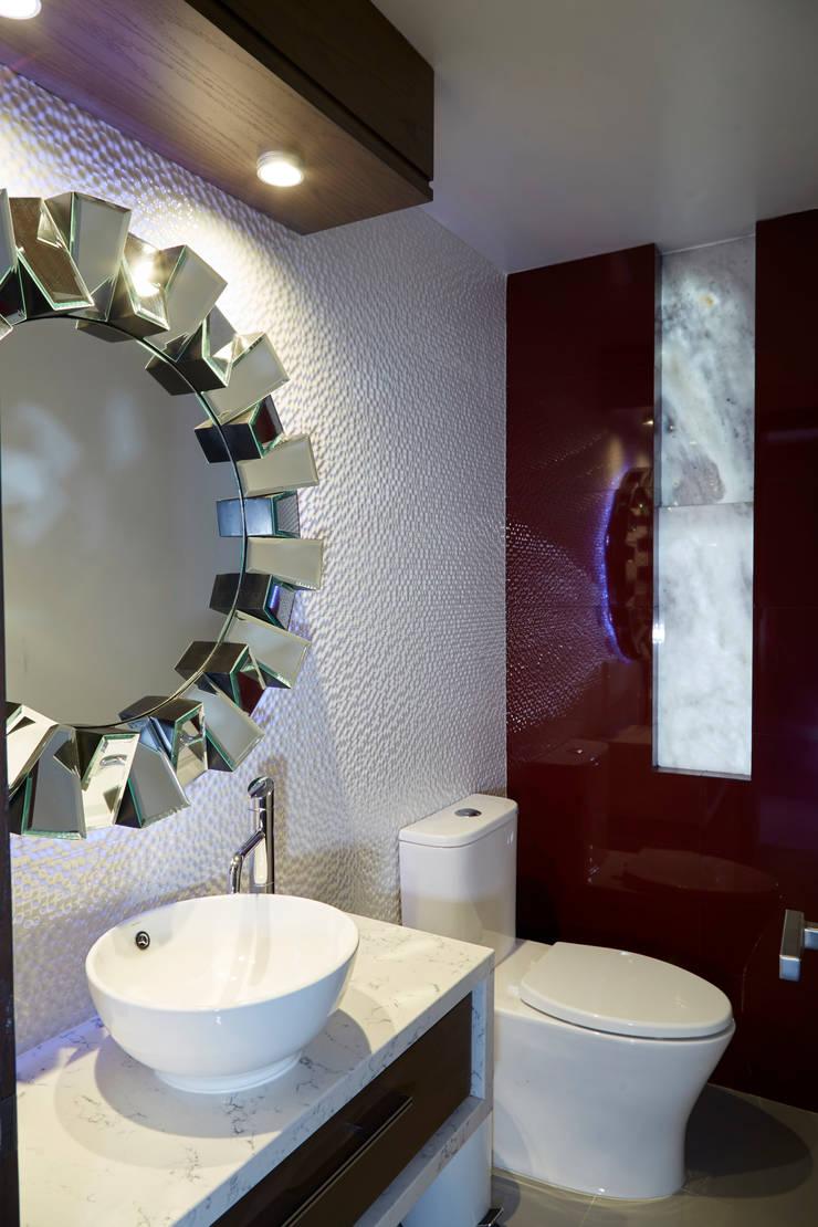 Kamar Mandi Modern Oleh arketipo-taller de arquitectura Modern