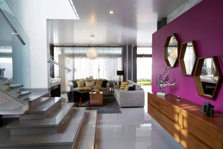 Koridor & Tangga Modern Oleh arketipo-taller de arquitectura Modern