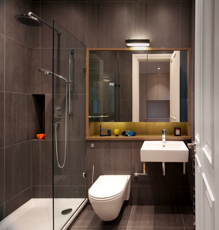 Different ideas for bath room decorations with castle:  حمام تنفيذ كاسل للإستشارات الهندسية وأعمال الديكور في القاهرة