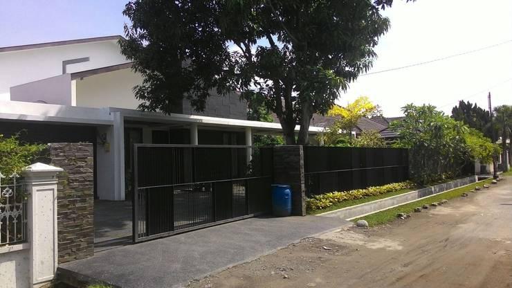 Mdn house:   by MF+ Studios