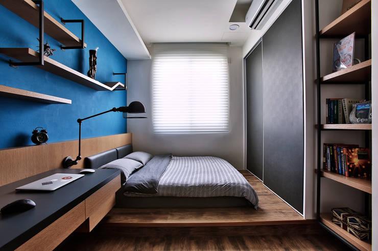 奢華遇上LOFT:  臥室 by 安提阿設計有限公司