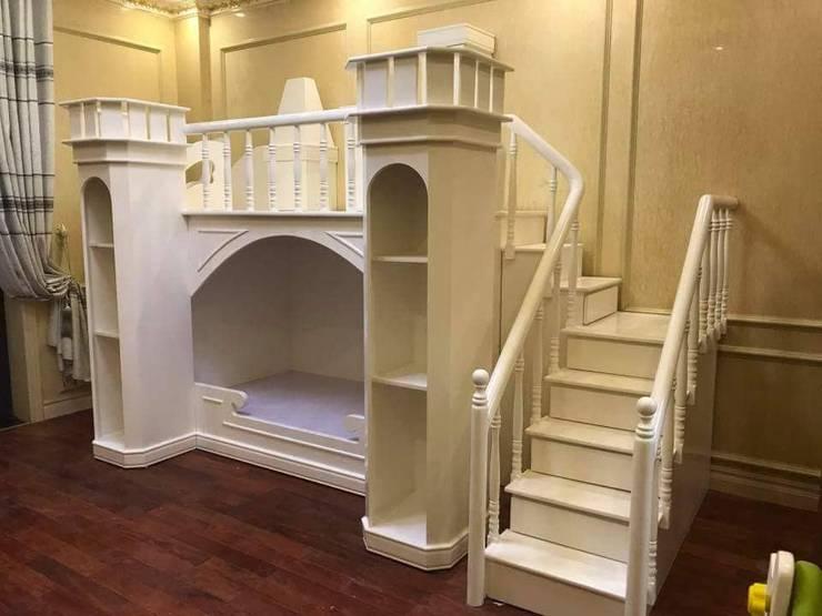Giường tầng hình lâu đài cho bé màu trắng:   by Xưởng nội thất Thanh Hải