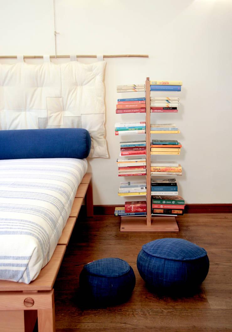 в . Автор – Le zie di Milano, Азиатский Твердая древесина Многоцветный