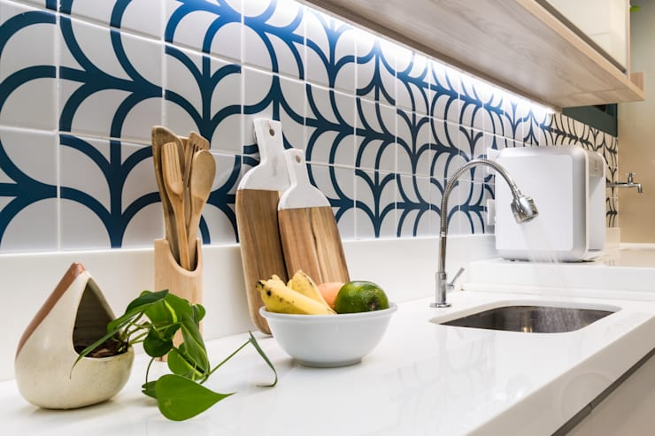 Cozinha: Cozinhas pequenas  por Estúdio Trasse Arquitetura