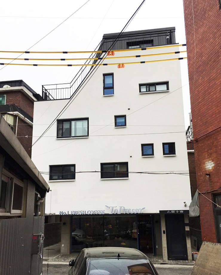소현대재: 건축사사무소 지음의  주택