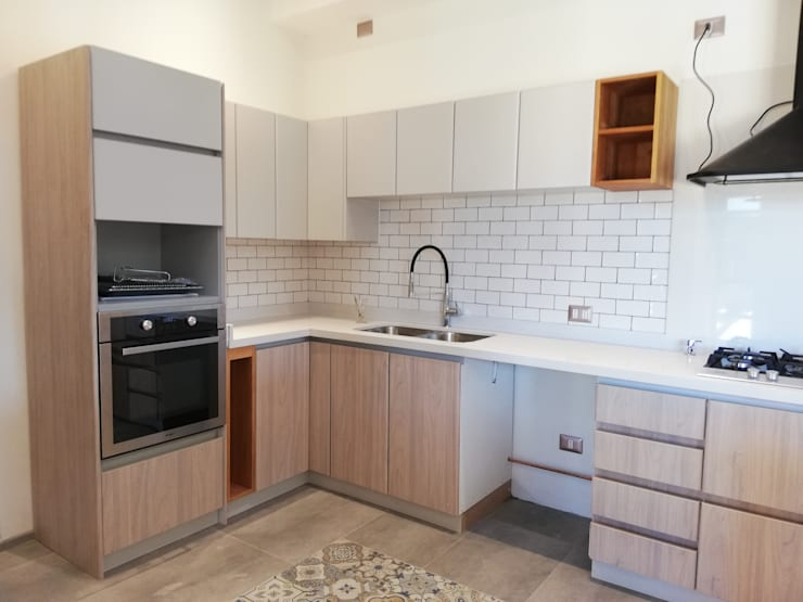 Muebles de cocina, casa B Puerto Varas: Muebles de cocinas de estilo  por Quo Design