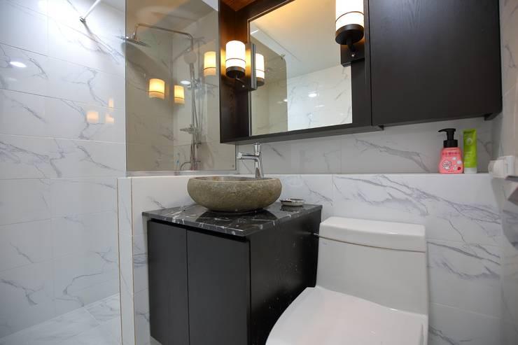 Phòng tắm theo inark [인아크 건축 설계 디자인], Tối giản