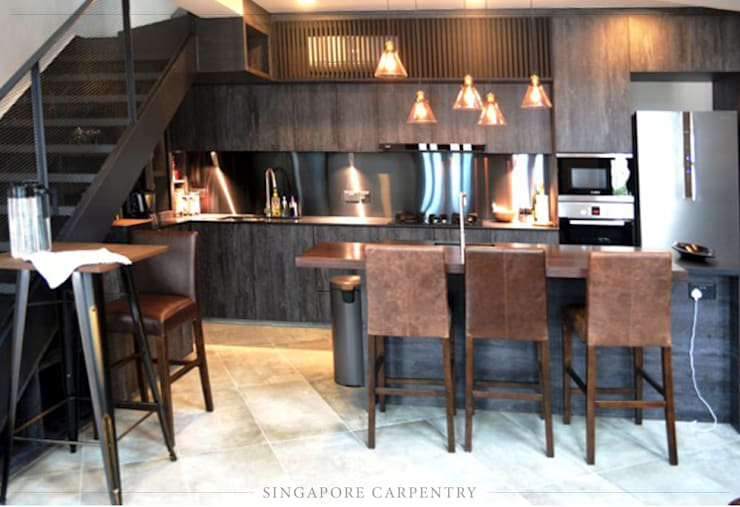 Industrial Style at Craig Road Shophouse:  Kitchen by Singapore Carpentry Interior Design Pte Ltd,Industrial