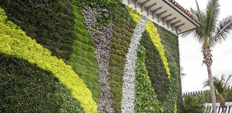 10 Gambar Desain Taman Vertikal (Vertical Garden):  Gedung perkantoran by Tukang Taman Surabaya - flamboyanasri