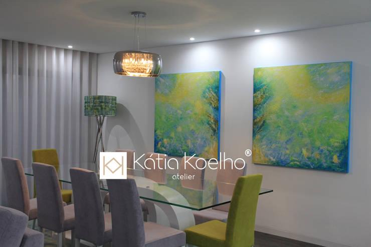 Projeto de Moradia em Esposende: Salas de jantar  por Atelier Kátia Koelho,
