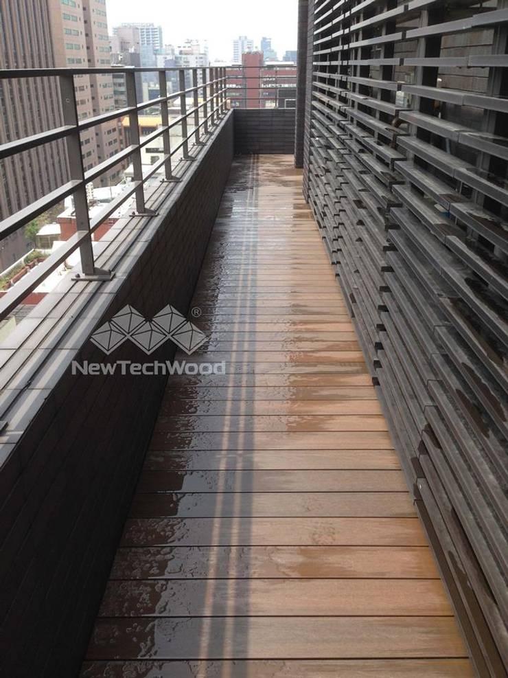 台北市1F及RF公設木地板(RF):  屋頂露臺 by 新綠境實業有限公司