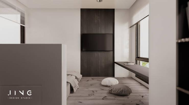 Pingtung City 陸宅:  小臥室 by 景寓空間設計