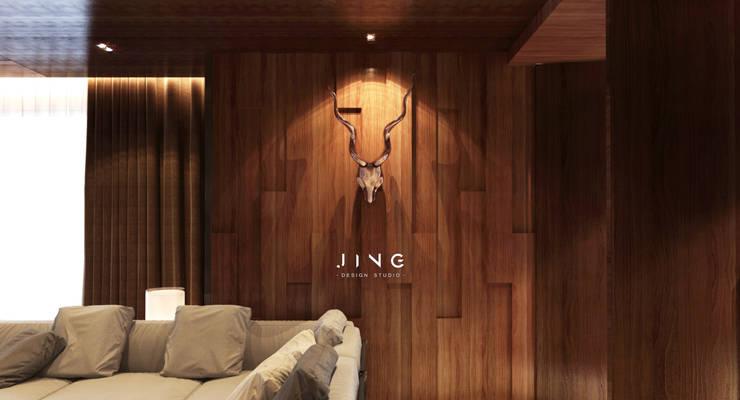 Kaohsiung 國硯:  客廳 by 景寓空間設計