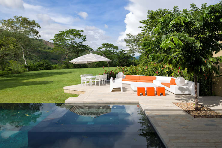Dise o y construcci n de casa de campo en anapoima for Diseno de piscinas para casas de campo
