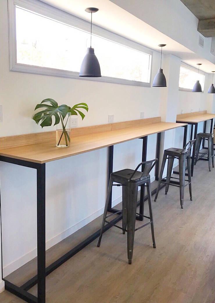 Oficinas NV: Oficinas y Tiendas de estilo  por Luft Arquitectura