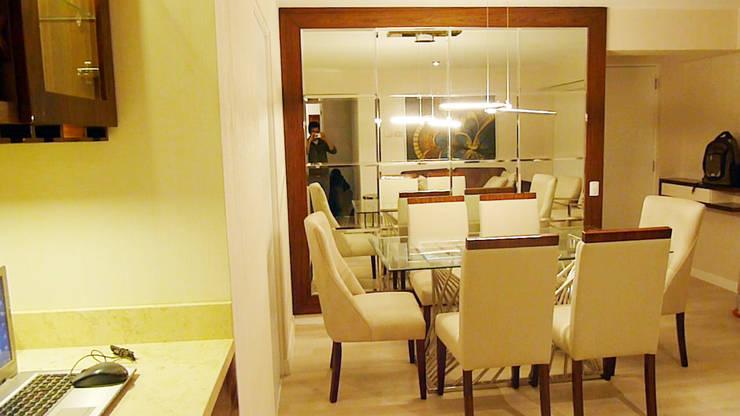 Sala comedor noche: Comedores de estilo  por DIS.OLIVER QUIJANO,