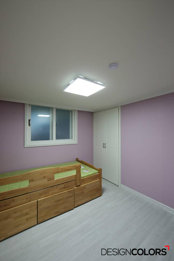 노원구 하계동 청구 아파트 인테리어 31평: DESIGNCOLORS의  아이방,