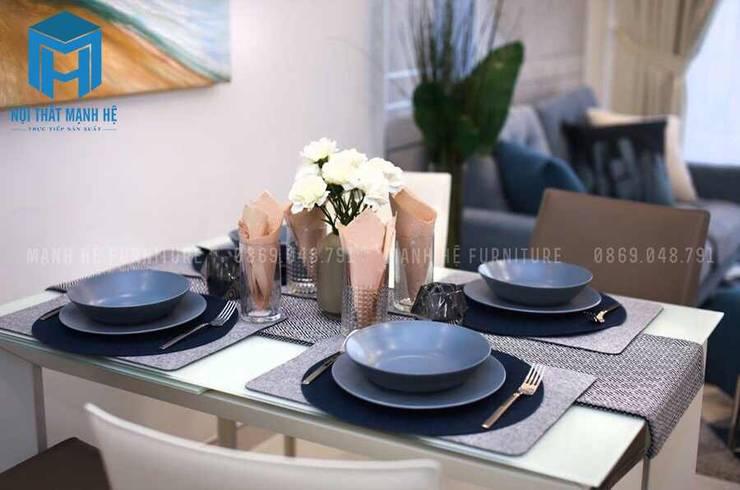 Bàn ăn nhỏ dành cho 4 người:  Phòng ăn by Công ty TNHH Nội Thất Mạnh Hệ