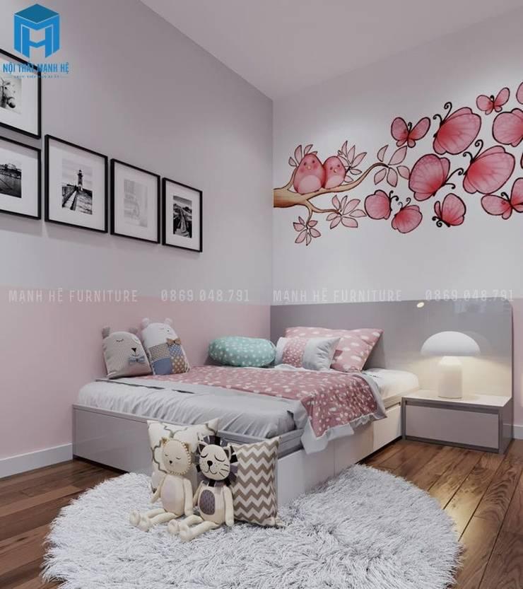 Phòng ngủ nhỏ cho bé được trang bị môt tấm thảm trải sàn bằng lông khá là ấm áp:  Phòng ngủ by Công ty TNHH Nội Thất Mạnh Hệ